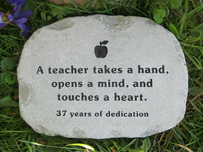 Bon Teacher Retirement Gifts. «